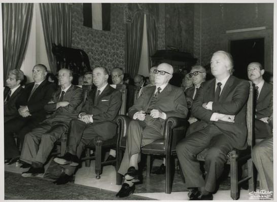 Questa immagine ha l'attributo alt vuoto; il nome del file è luciano-radi-PRINT-inaugurazione-mostra-centenario-garibaldi-5.jpg