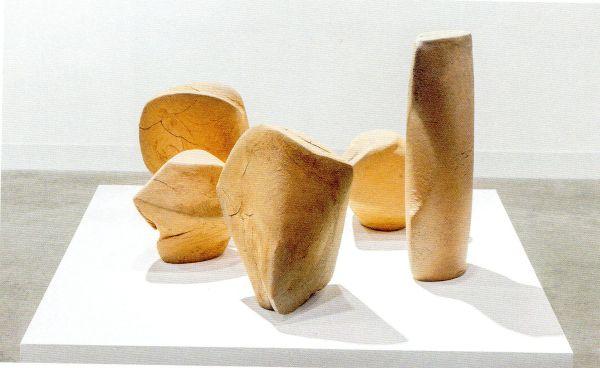 Questa immagine ha l'attributo alt vuoto; il nome del file è Vaso-sculture.jpg