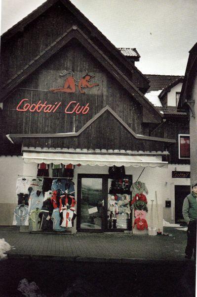 Questa immagine ha l'attributo alt vuoto; il nome del file è Cortina-24.jpg