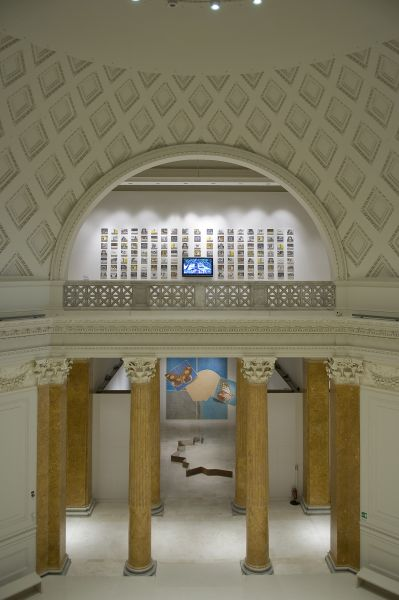Questa immagine ha l'attributo alt vuoto; il nome del file è 15a-Quadriennale-2008-Allestimento.jpg
