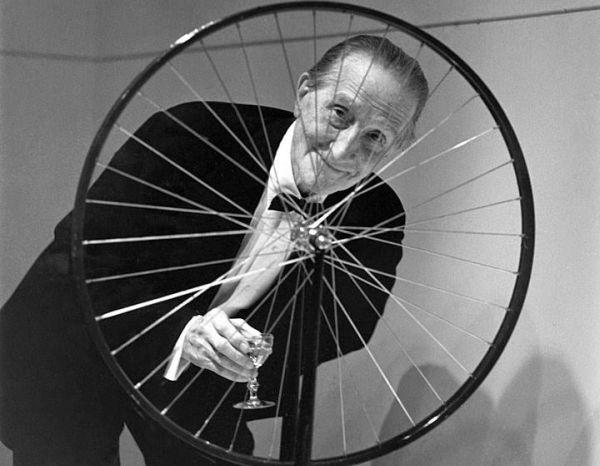 Questa immagine ha l'attributo alt vuoto; il nome del file è Duchamp-print.jpg