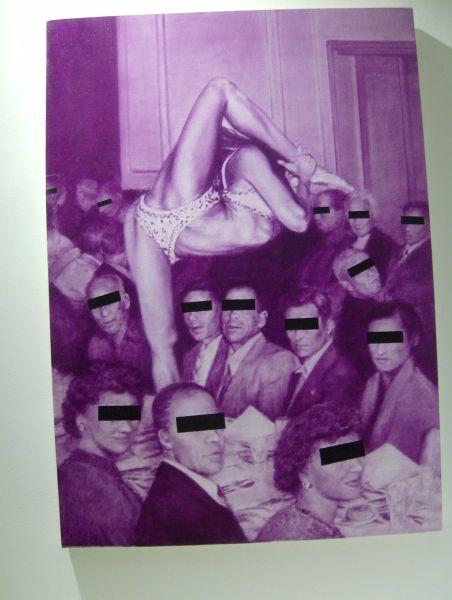 Questa immagine ha l'attributo alt vuoto; il nome del file è Identità-2-acrobata-viola.jpg