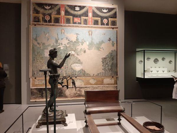 Questa immagine ha l'attributo alt vuoto; il nome del file è Pompei-Santorini-11.jpg