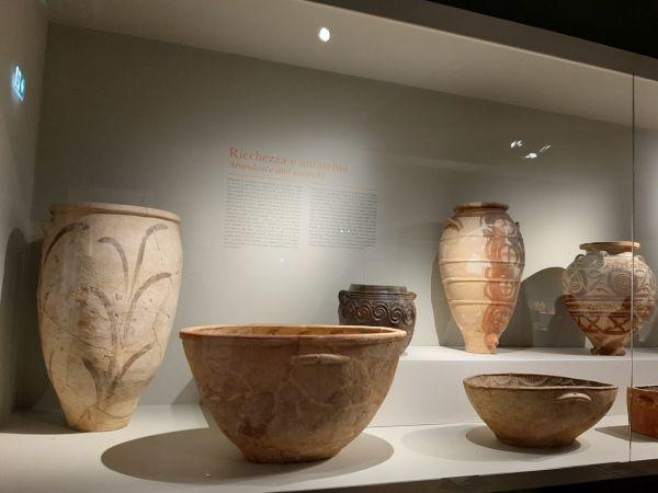 Questa immagine ha l'attributo alt vuoto; il nome del file è Pompei-Santorini-18.jpg