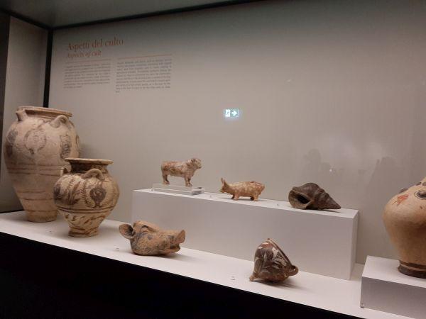 Questa immagine ha l'attributo alt vuoto; il nome del file è Pompei-Santorini-21.jpg