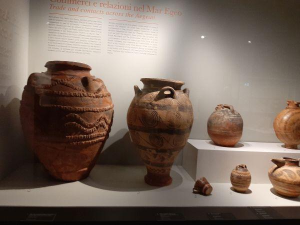 Questa immagine ha l'attributo alt vuoto; il nome del file è Pompei-Ult-vasi-5.jpg
