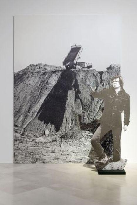 Questa immagine ha l'attributo alt vuoto; il nome del file è Fabio-Sargentini.-My-Way.-Installation-view-at-Fondazione-Pascali-Polignano-a-Mare-2019.-Photo-©-Marino-Colucci-Sfera-_8-280x420.jpg