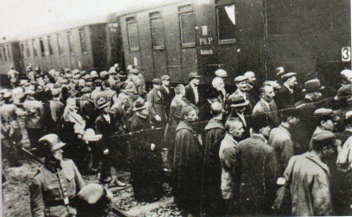 Questa immagine ha l'attributo alt vuoto; il nome del file è Ausch-I-18-foto.jpg