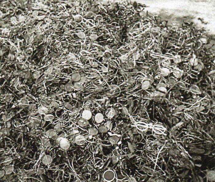 Questa immagine ha l'attributo alt vuoto; il nome del file è Ausch-III-160-b-foto264.jpg