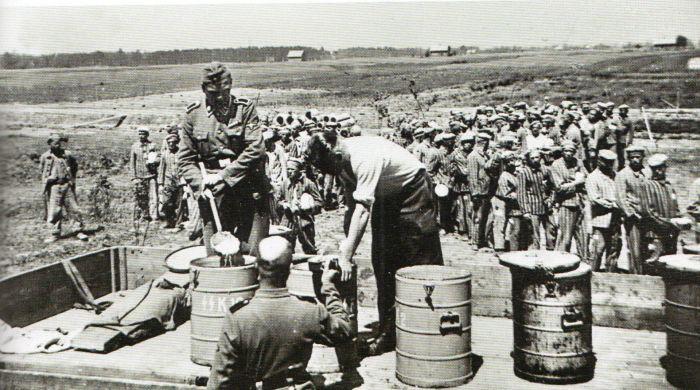 Questa immagine ha l'attributo alt vuoto; il nome del file è Ausch-IV-178-foto274.jpg