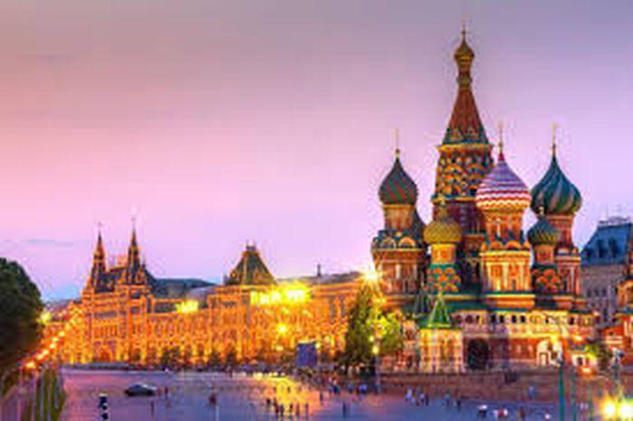 Questa immagine ha l'attributo alt vuoto; il nome del file è cremlino-geopolitica.info_.jpg